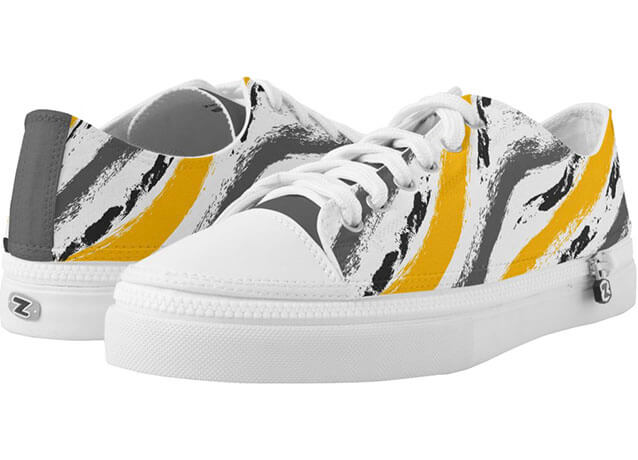 Grunge Textured Tribal Pattern Low-Top Sneakers