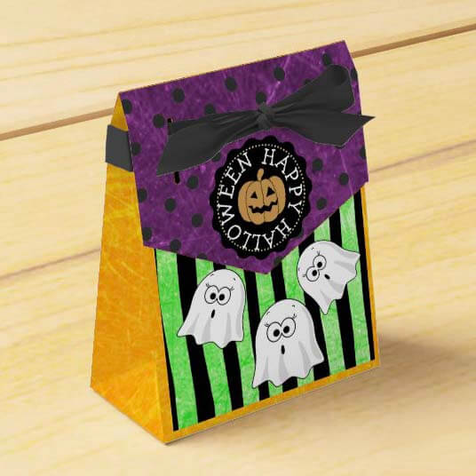 Use Favor Bags to Celebration Halloween During COVID